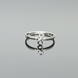 Pierścionek srebrny nieskończoność